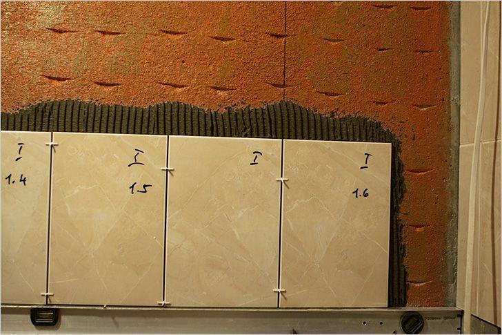 Как положить кафель на стену