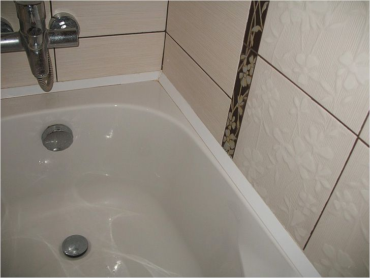 Как сделать плинтус в ванной на ванне